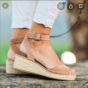 Steve Madden Elody leather wedge ankle strap